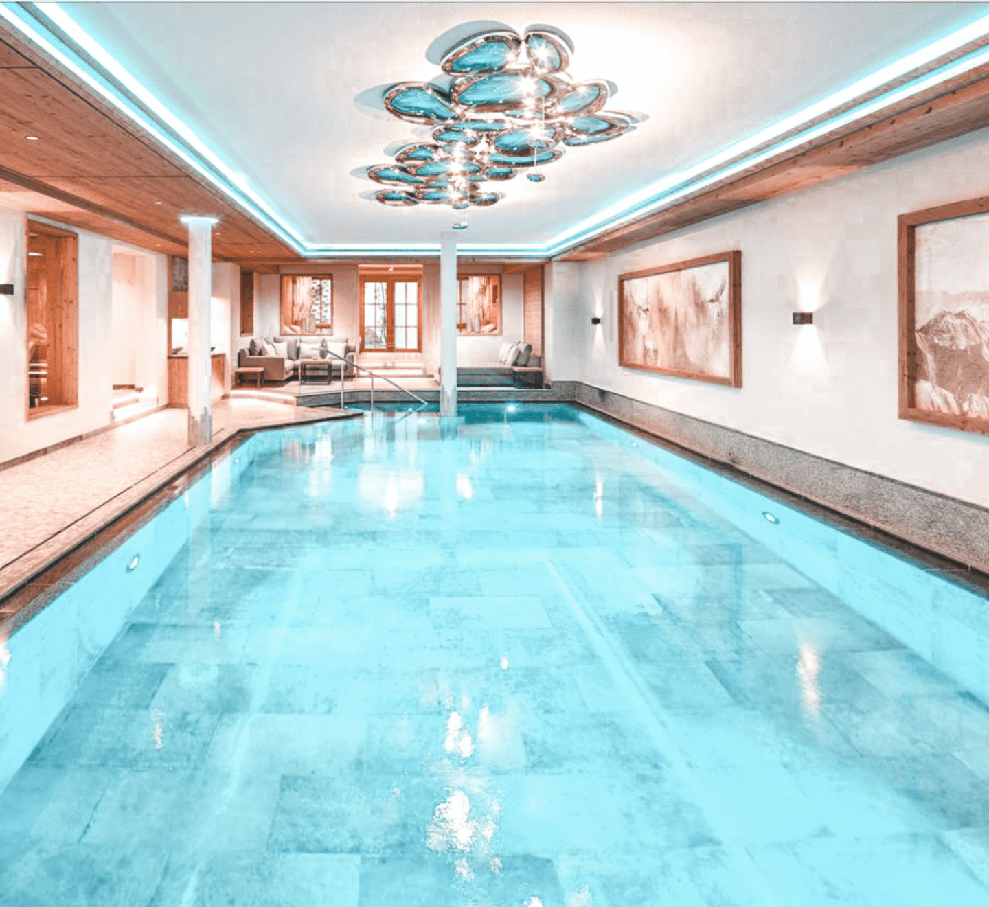 Indoor pool hotel gletsjerblick